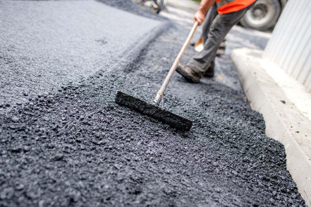 commercial paving contractor near tampa